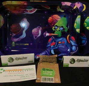 ALIEN APE ROLLING TRAY W/ LID AND ACCESSORIES