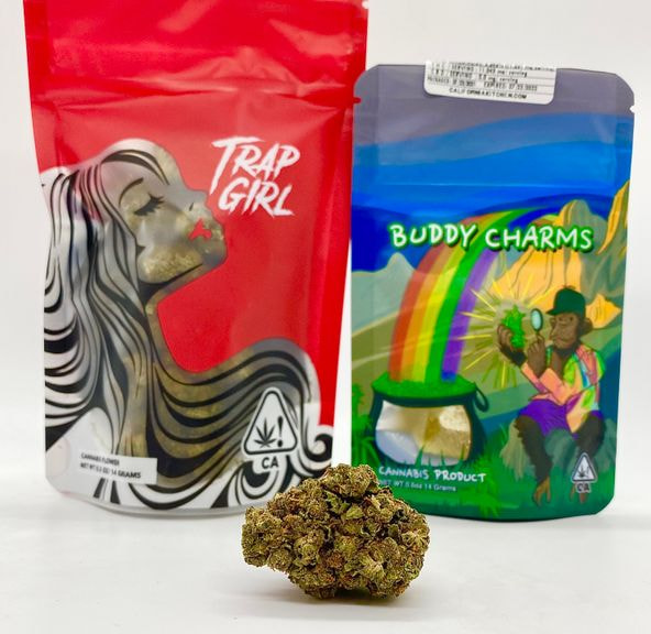 *Deal! $75 1/2 oz. Grandpa's Gold (23.89%/Hybrid)-Trap Girl + 50mg Gummy Cubes-Buddy Charms