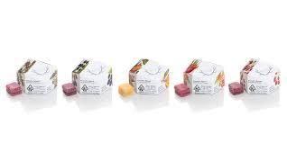 WYLD - Peach Gummies - 2:1 CBD:THC - 10 Pack